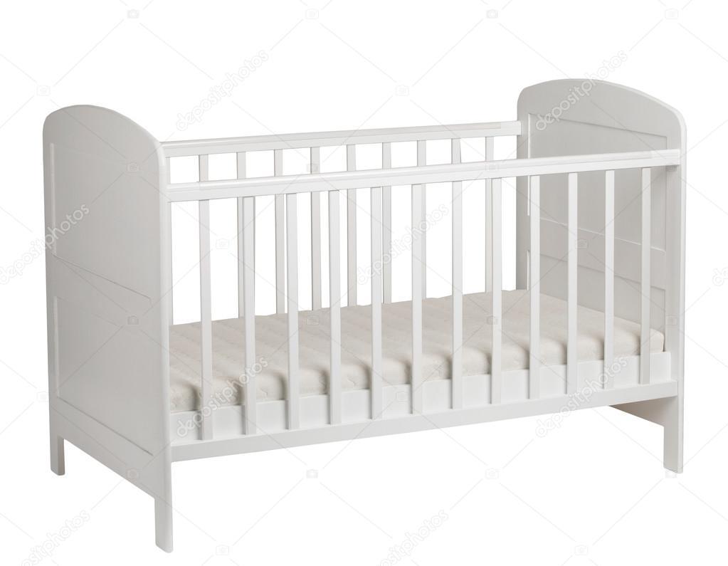 Cuna blanca para niños aislados sobre fondo blanco — Foto de stock ...