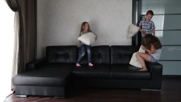 brother and sister beating another girl