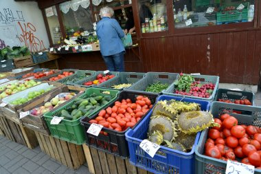 Street trade in vegetables and fruit in Poland