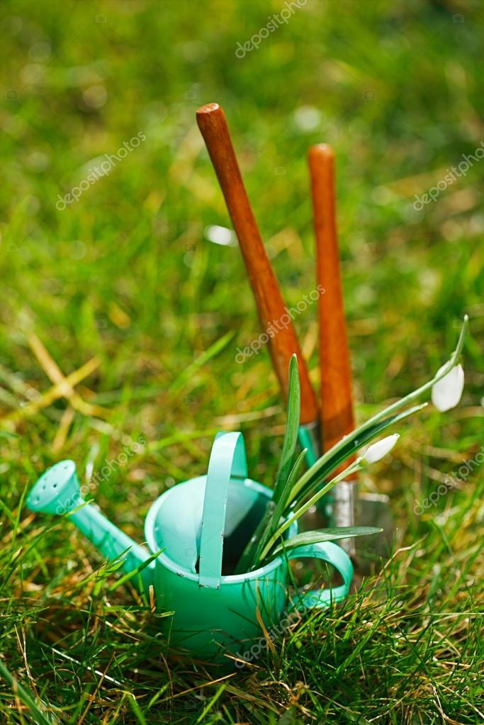 decorative small gardening tools