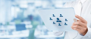 Recruiter select employee represented by icons