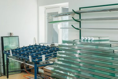 Tempered Window Glass in a PVC Factory