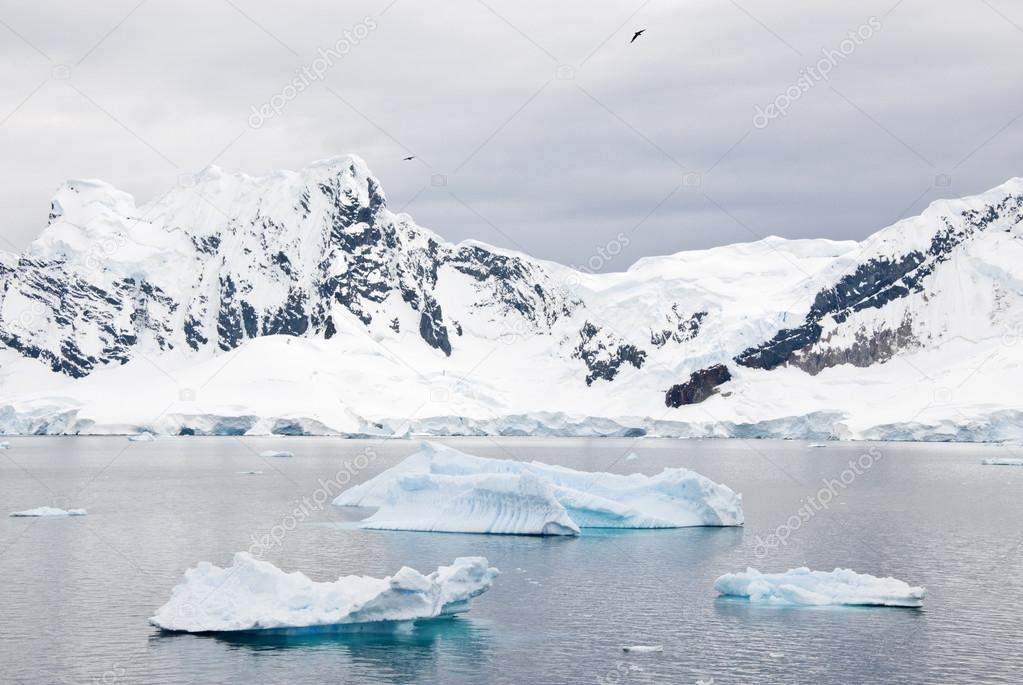Antarctica - Beautiful Scenery