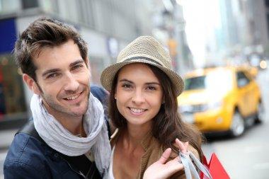 Couple doing shopping in Manhattan