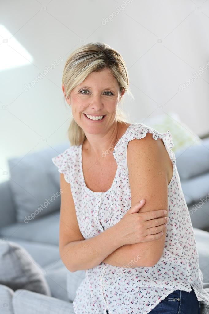Beautiful 40 Year Old Woman Schöne 40 Jahre a...