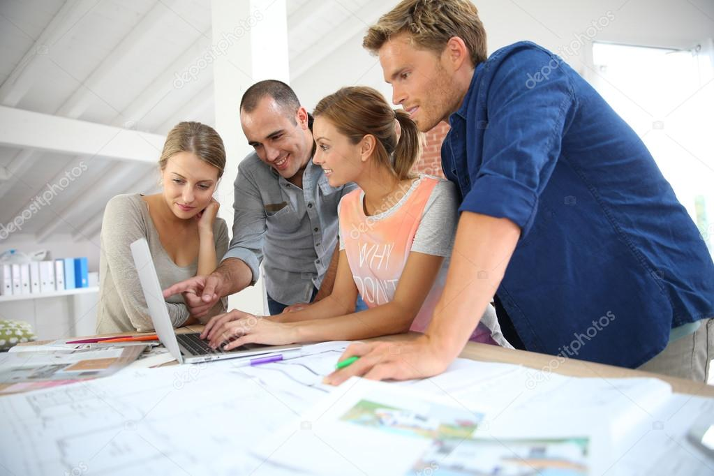 Young People Studying Architecture U2014 Stock Photo