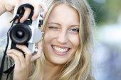 Fotografie Dívka použití vinobraní fotoaparát