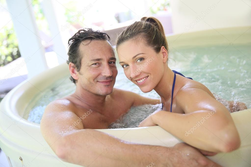 Romantic couple in tub stock photo goodluz 64687181 for Bathroom hot images