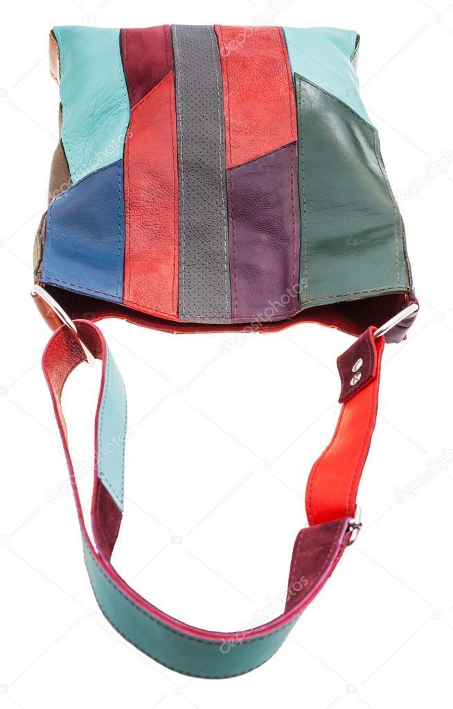 65532923429c Выше мнению сумка из разноцветных кожаный штук, изолированные на белом  фоне. Фото: сумки из кусочков кожи — Фото автора ...