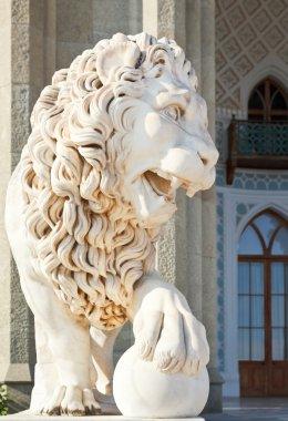 medici lion near south facade of Vorontsov Palace