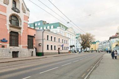 Ostozhenka street in Moscow in autumn