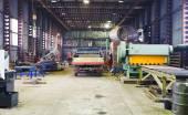 Fényképek raktár és mechanikai műhely belső