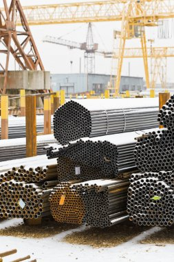 storing of steel pipes in outdoor warehouse