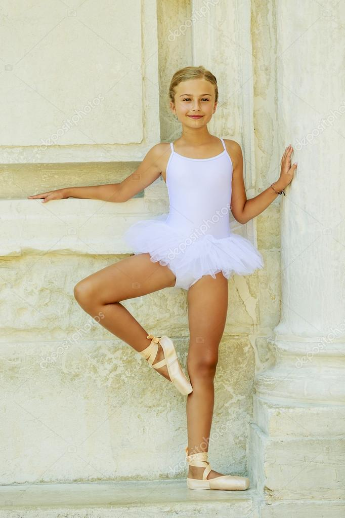 Pictures Famous Ballet Dancers Beautiful Ballet Dancer In White Dress And Pointe Shoes Dancing Stock Photo C Gorilla 68569517