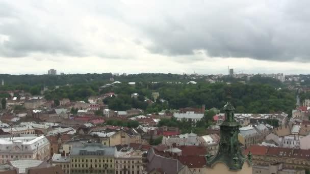 Budovy staré Evropské město Lvov na Ukrajině shora. PAL zvětšení zastřelil