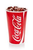 Coca-Cola s kostkami ledu v původním cup