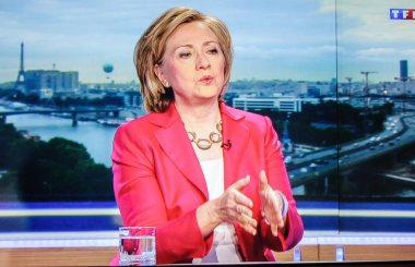 First appearance of Hilary Clinton on national French television