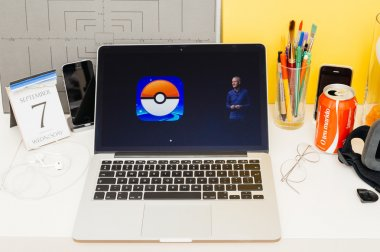 Apple Computers website showcasing new Apple Watch and Pokemon G
