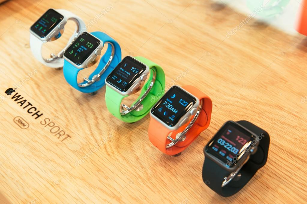 Apple Watch starts selling worldwide - first smartwatch from App