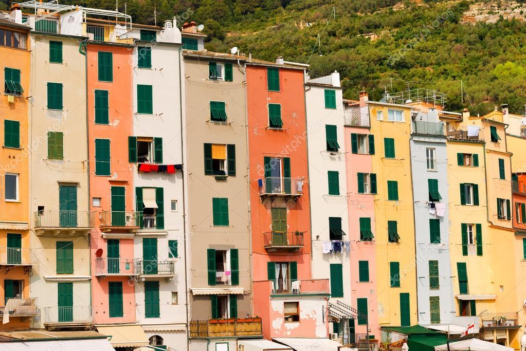 Huizen In Italie : Huizen in portovenere ligurië italië u stockfoto catalby