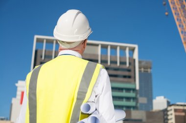 construction engineer in hardhat