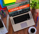 Víc se uč. učení online koncept.