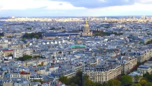 Pohled na panorama Paříže