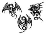 Fotografia disegno del tatuaggio draghi con le ali spiegate