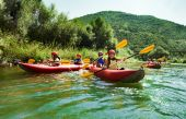 Fotografie rafting calm water canoes