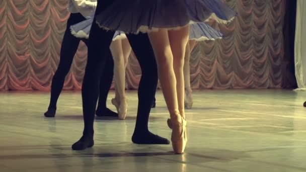 Tánc a balett szakaszban párok