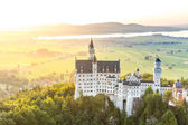 Schloss Neuschwanstein bei Sonnenuntergang