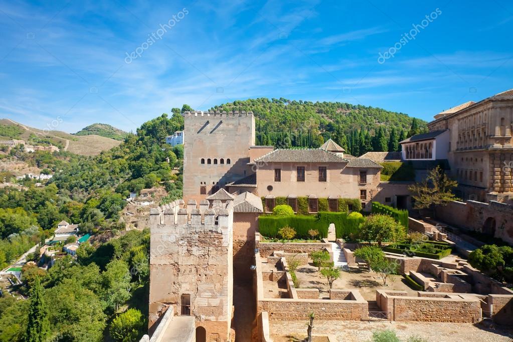 Una Terraza En La Fortaleza De La Alcazaba Foto Editorial