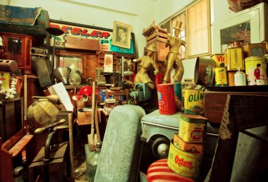 Art objects and antiques in popular second hand store