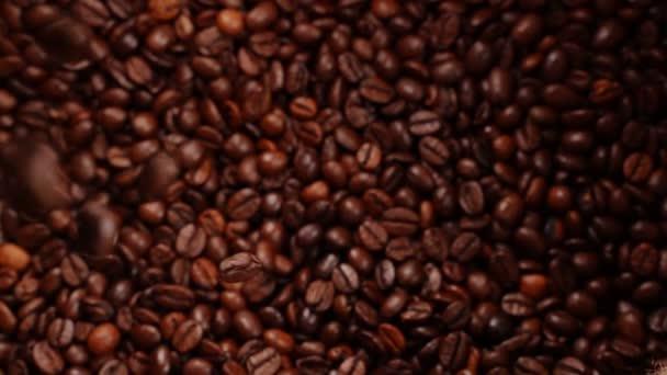 Pečená káva pádu, Zpomalený pohyb.