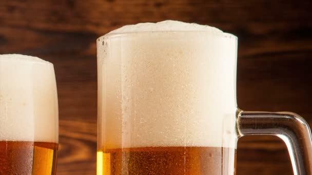 brýle světlé pivo