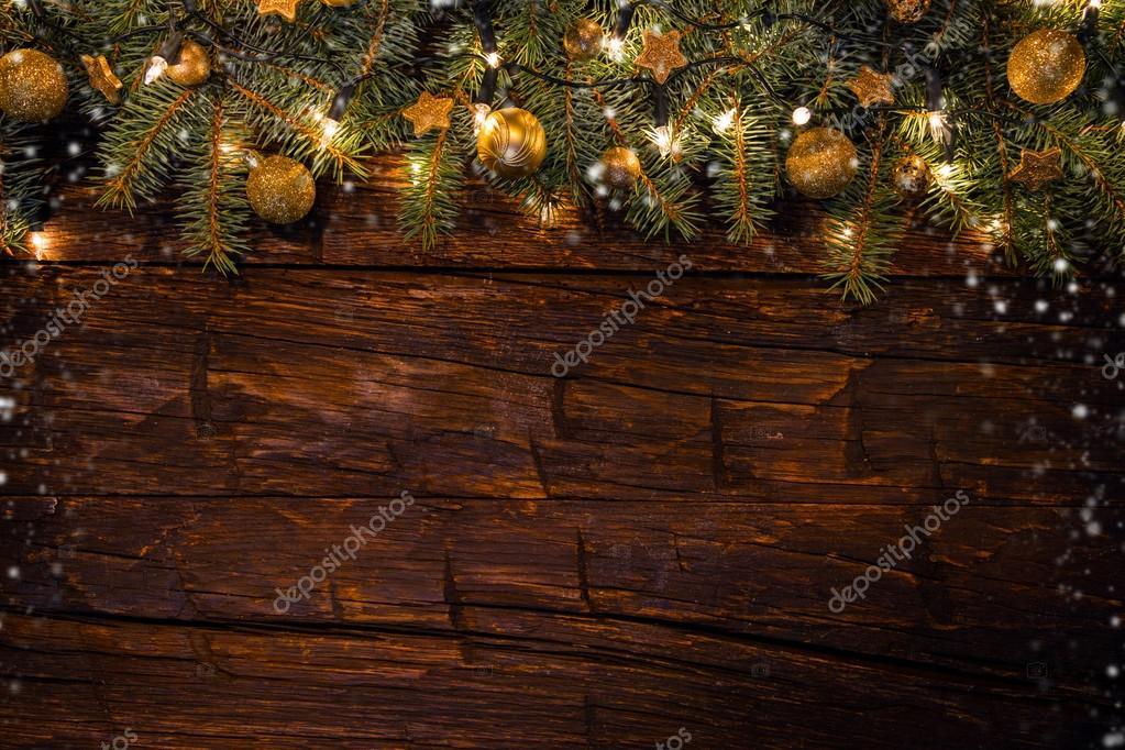 Assi Di Legno Decorate : Decorazione di natale con i rami di abete su assi di legno u2014 foto