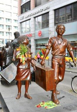 Kindertransport memorial statue