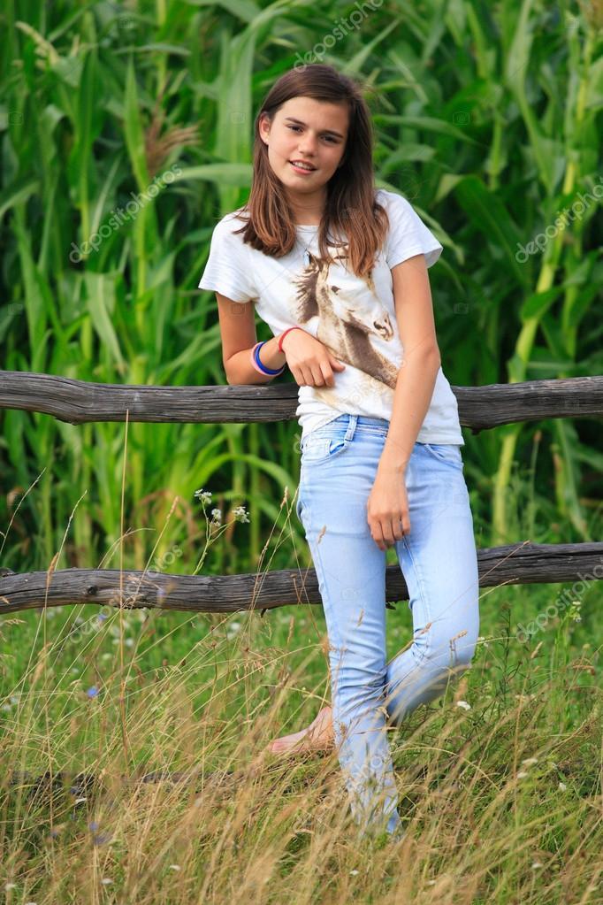 homemade-porn-teen-farm-girl