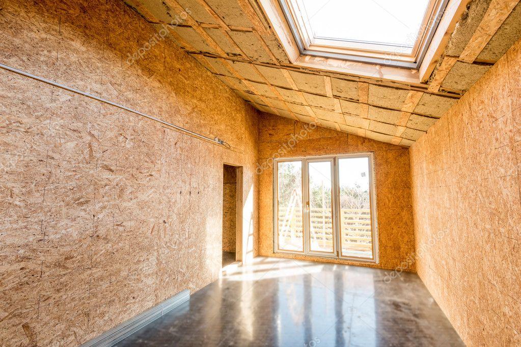 Marco de madera de una casa nueva en construcción — Foto de stock ...