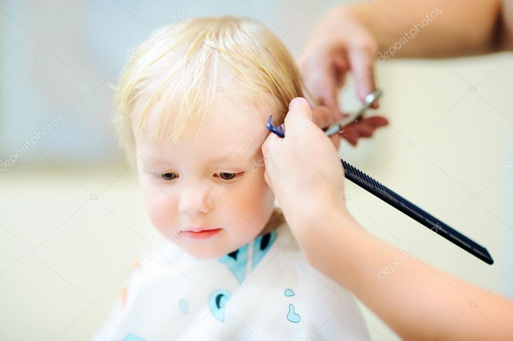 Kleinkind Immer Seine Frisur Stockfoto C Mary Smn 120436684