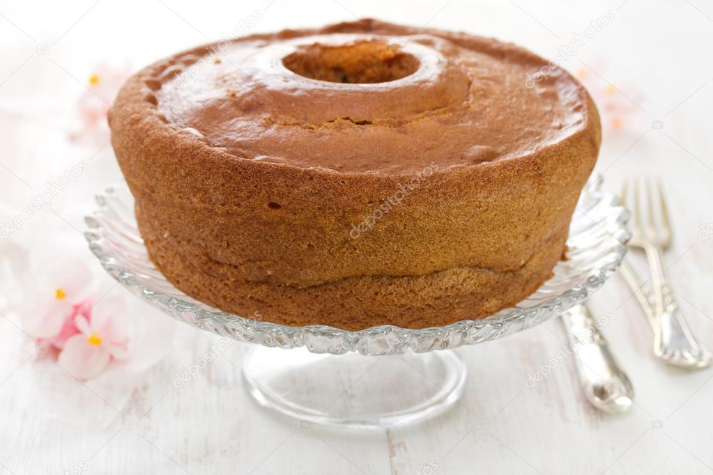 Traditionelle Portugiesische Kuchen Pao De Lo Auf Teller Stockfoto