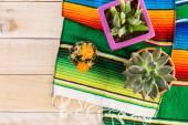 A Fiesta színes asztali díszek