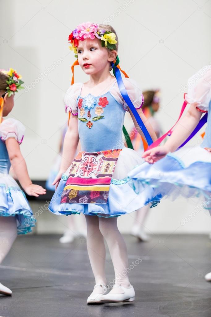 Girl Dancing Russian
