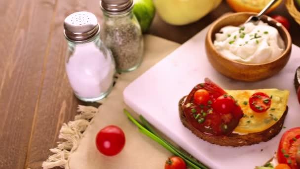 Dědictví rajčata sendviče