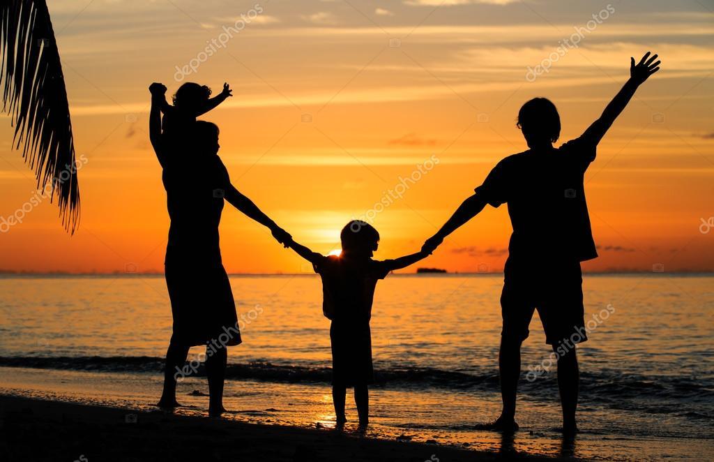 Картинка семья для детей