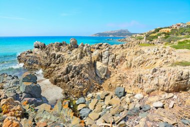 yellow rocks in Santa Reparata shore