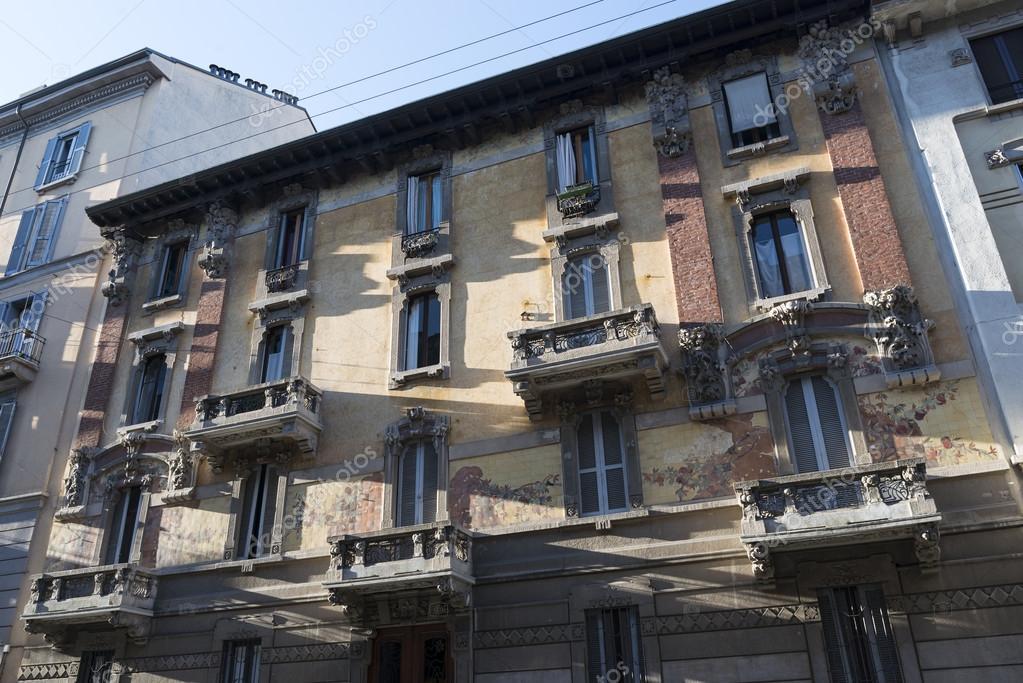 Milano casa in stile liberty foto stock clodio 63579073 - Casa stile liberty ...