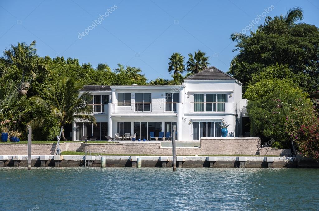 casa de lujo en star island en miami, florida, Estados Unidos — Foto ...