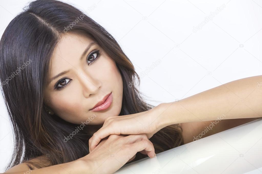 portrait belle jeune femme chinoise asiatique photographie dmbaker 53973189. Black Bedroom Furniture Sets. Home Design Ideas