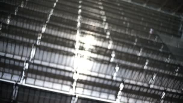 Architektura detaily zblízka reflektor v moderní budově